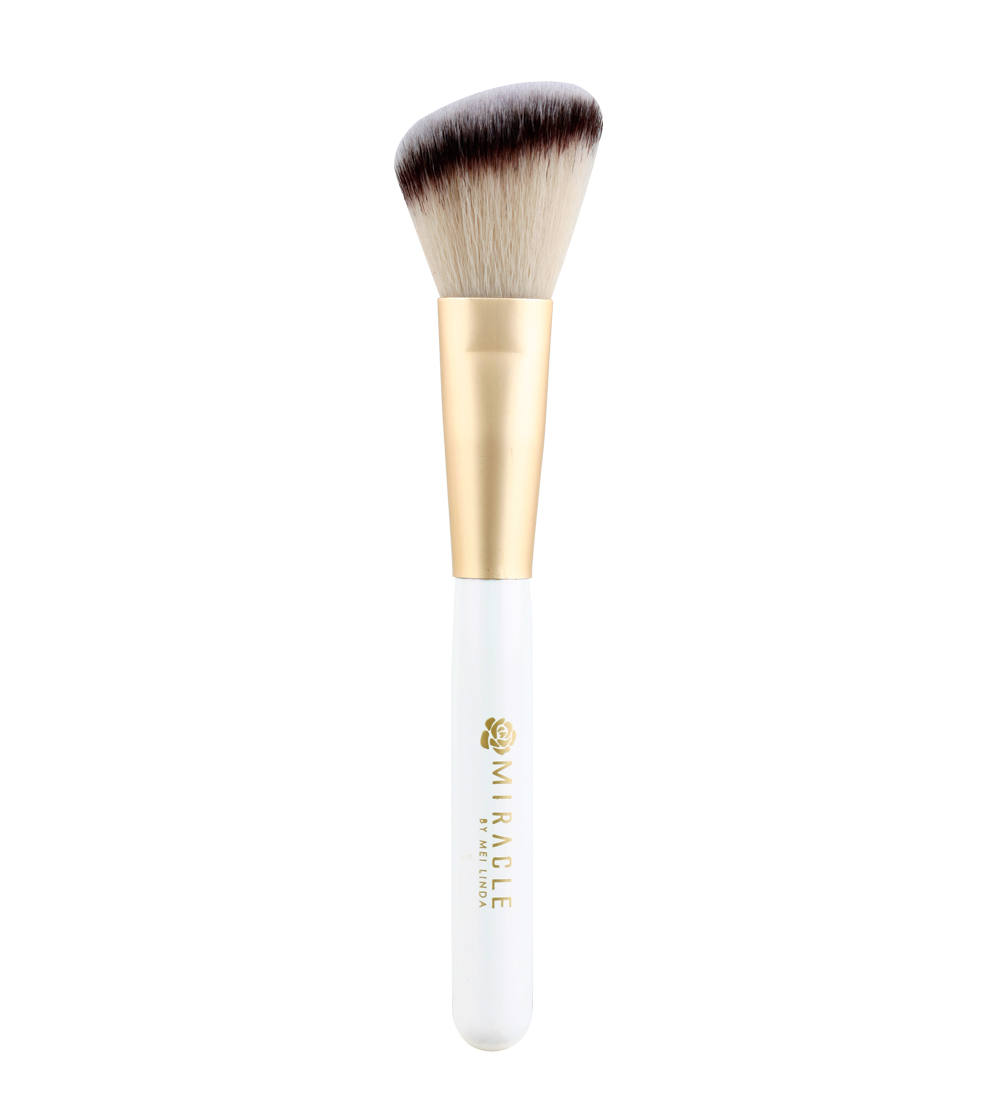 Miracle Angled Powder /Blush Brush (No.03)